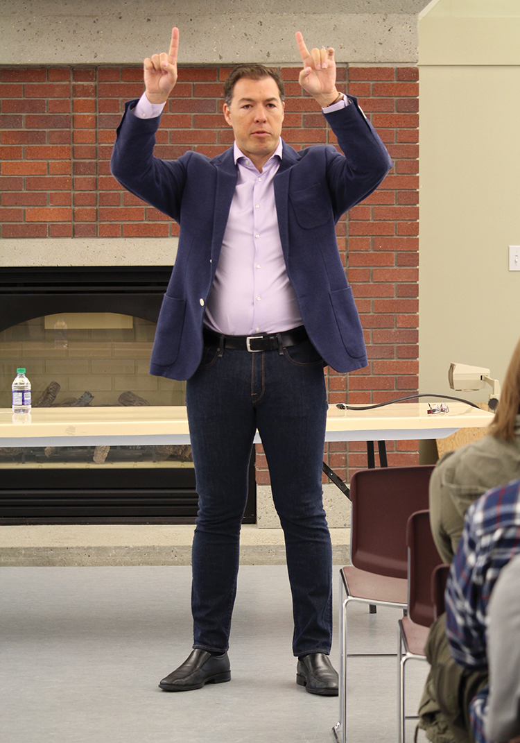 Senior Vice President of Shaw Media Troy Reeb addresses the College's DCM students about the Troy Reeb Internship Award on Oct. 5 at the LC Residence Hall.